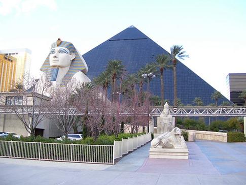 43. Luxor Hotel & Casino (Las Vegas, EE.UU.)