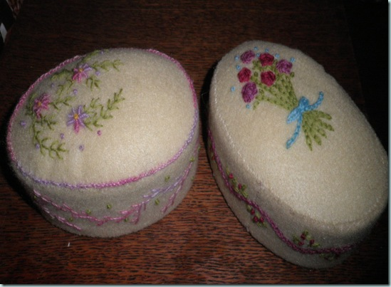 Emb Pin cushions