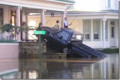 Redneck - Rain doesn't spoil fishing