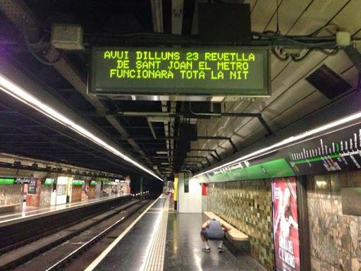 Sant Joan metro.jpg