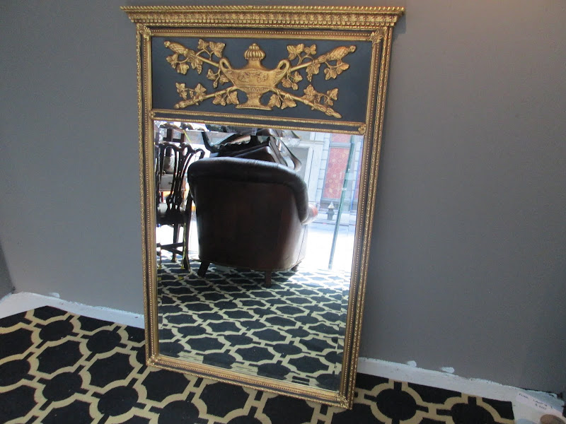 Neo-Classical Style Mirror