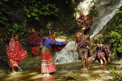 B'laan dancers at El Gawel Falls