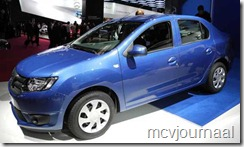 Dacia stand Parijs 2012 24