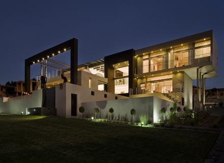 Joc-Blue-Hills-Nico-van-der-Meulen-arquitectura-contemporanea