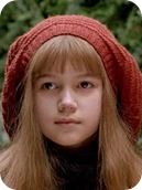 Kate Maberly como Mary Lennox