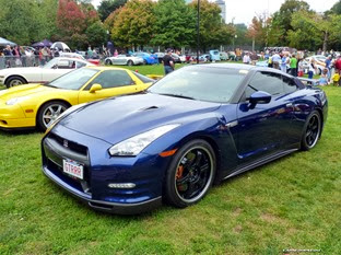 Nissan-GT-R-Acura-NSX-Carscoops43