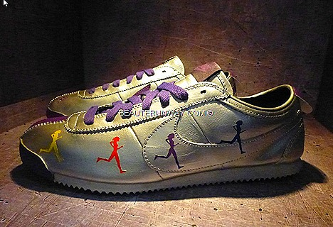 NIKE CORTEZ 40th Anniversary Anne Qihui Singapore Edition Shoes purple black Ncole Chua Ling Wu Wayne Lee, Sebastian Tay, Sheikh Haikel, Mriz Sidah, Luthfi Mustafah Limited Edt Chamber,The Shoppes Marina Bay Sand canal level