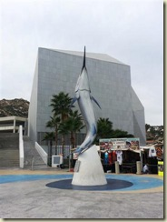 20130101_Fish Statue Cabo Harbor (Small)