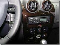 Dacia Duster Laureate 08