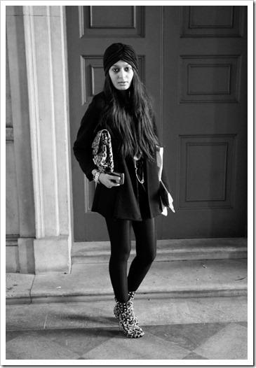 London-Fashion-Week-Street-Style_110_jpg_e_46b371f3d58acef21fdb111d35b2b6b8