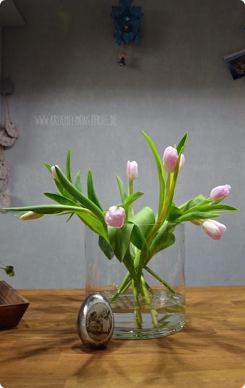 Zartrose Tulpen (02) in der Rundvase am Friday Flowerday