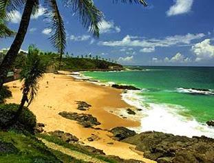 praia-do-flamengo-www.mundoaki.org