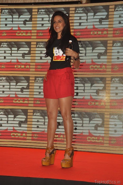 Neha Dhupia Hot Pics in Short Red Pants 7