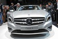 2013-Mercedes-A-Class-hatch-10