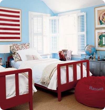 Red White And Blue Chip It Powder Room From Thrifty Decor Chick - Light blue and red bedroom