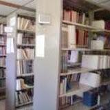 RRIMのライブラリー内部 / The library of RRIM