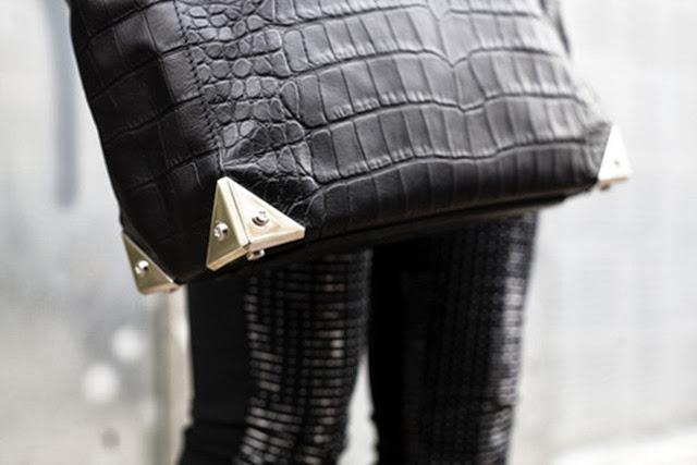 la-modella-mafia-model-street-style-trend-crocodile-handbags-Givenchy-Alexander-Wang