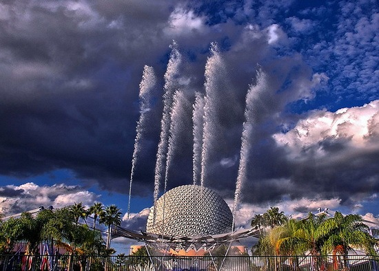 Disney Fountain of Nations