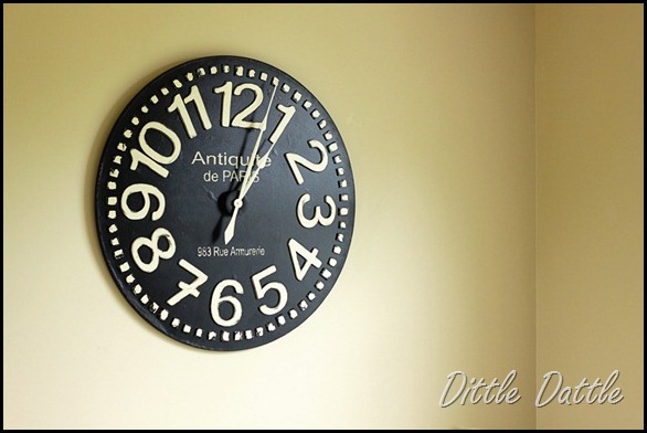 Oversized-DIY-clock