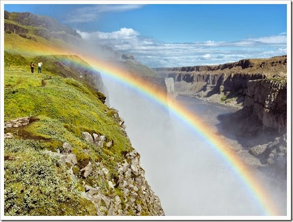 item12_rendition_slideshowWideHorizontal_Dettifoss-Falls-iceland-phil-dettinger-alamy