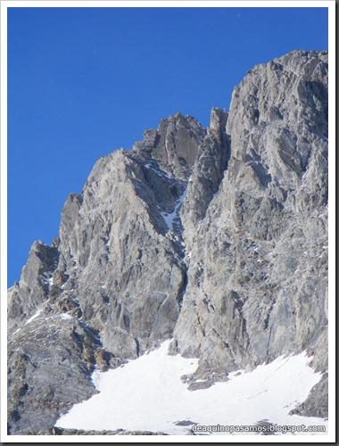 Intento al Corredor Francisco Granados 250m MD 90º IV  (Argualas 3046m, Pirineos) (Isra) 8441