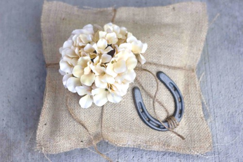 Sweet Cs Designs Etsy Horseshoe Hydrangea Ring Pillow