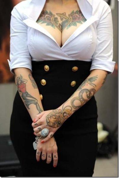 hot-tattoos-women-24