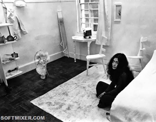 Yoko-Ono-nella-Half-Room-alla-Lisson-Gallery-di-Londra-1967_main_image_object
