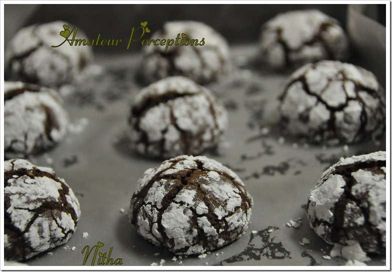 Chocolate Crinkle Cookies 7