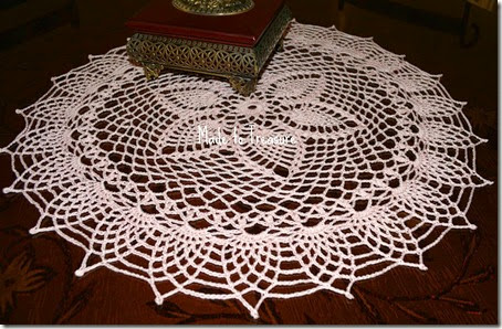 pice apple lace pink doily 1