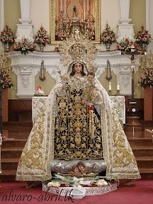 EXORNO-FLORAL-NOVENA-CARMEN-CORONADA-MALAGA-TERCER-CAMBIO-Y-BESAMANOS-ALVARO-ABRIL-2012-(3).jpg