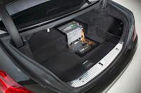 Mercedes-S500-PHEV-05.jpg
