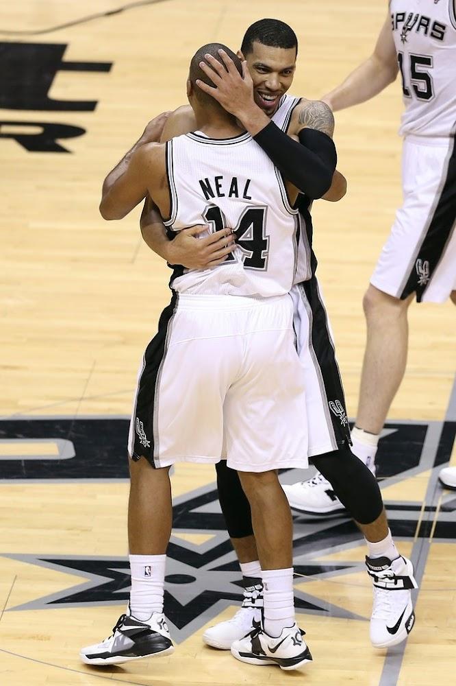 Wearing Brons: San Antonio Spurs' Manu Ginobili & Danny Green | NIKE LEBRON - LeBron James Shoes