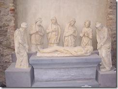 2013.05.04-012 mise au tombeau dans l'église