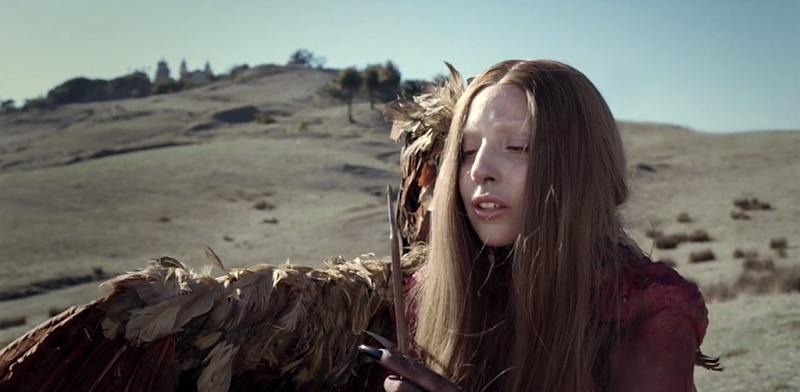 Lady Gaga - G.U.Y. - An ARTPOP Film.MP4_snapshot_01.44_[2014.03.25_19.01.42]