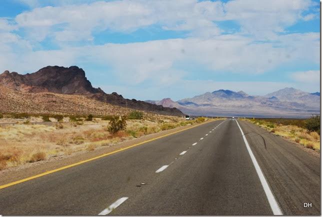 10-23-13 B Travel US93 Kingman to Border (10)