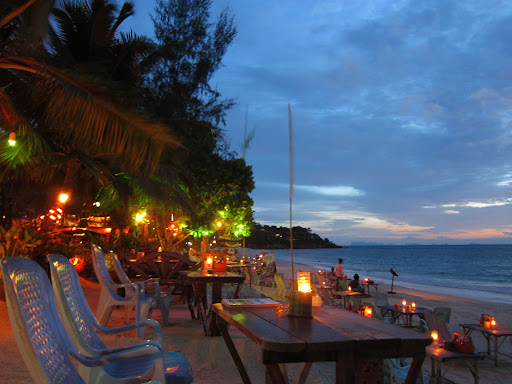 Beachfront drinks and dining on sleepy Haad Yao.