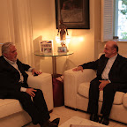 Dom Murilo visita governador  Wagner