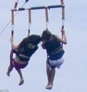 Selena y Justin en Hawai - 1