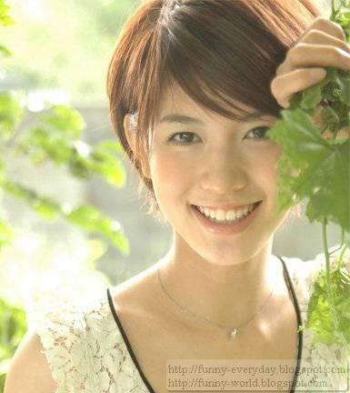 御茶園 綠茶求職妹 川瀨未和子 (3)