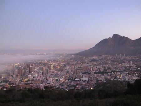 Imagini Panoramica Cape Town apus de soare