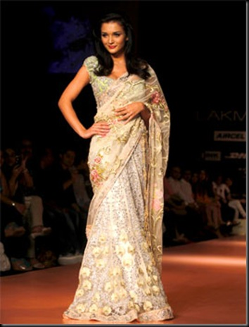 Bollywood Stars @ Lakme Fashion Week 2012