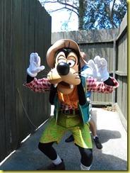 We LOVE Mickey!! 082