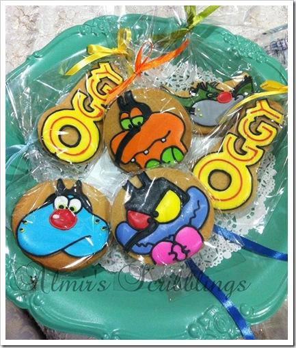 Cookies on DIY cake stand
