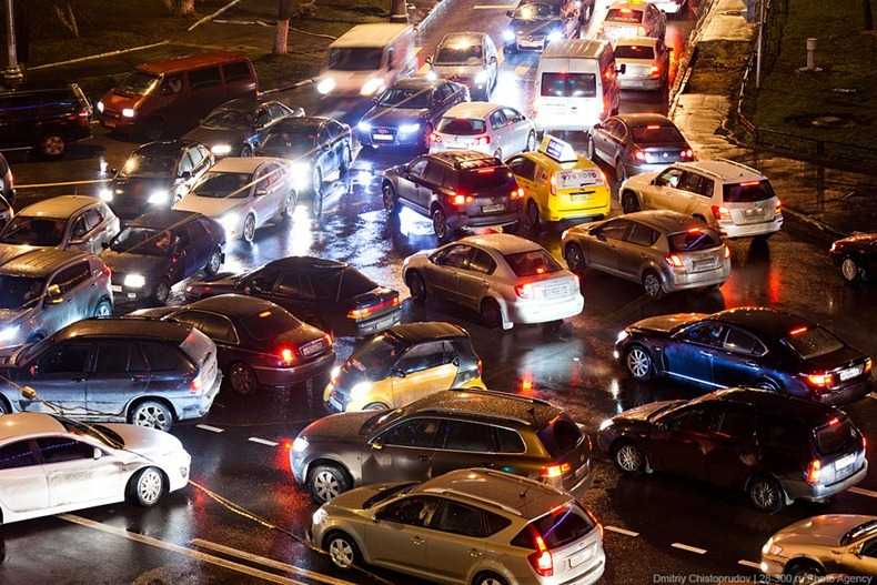 moscow-traffic-jam-09