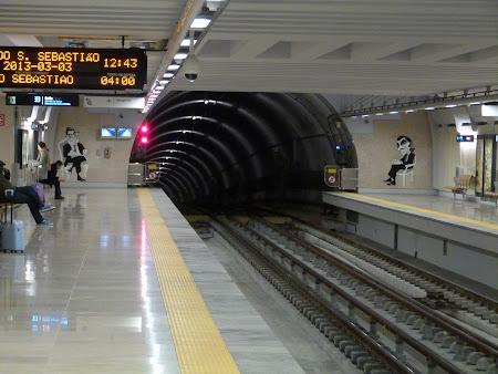 2. statia de metro de la aeroport.JPG