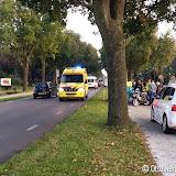 Scooter en fietser botsen op Zuiderveen - Foto's Otto Kerbof