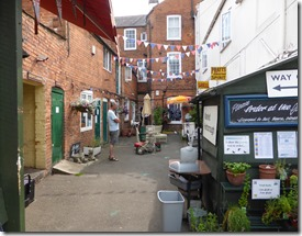 Joules Yard (1)