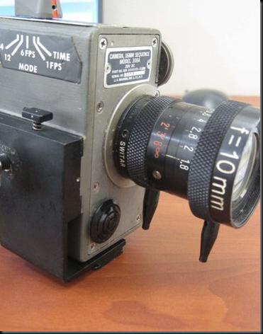 Câmera utilizada por Mitchell durante sua missão à Lua (Foto: AP)