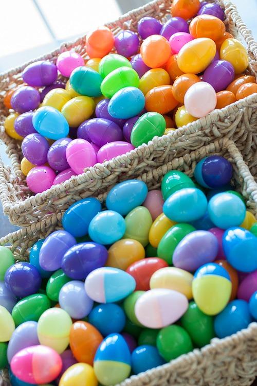 dying easter eggs blog-14